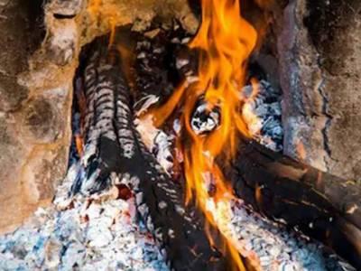 لاہور میں گیس بحران: کوئلے اور لکڑی کی قیمتوں میں اضافہ