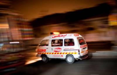 ٹریفک حادثات میں کراچی پولیس اہل کار جاں بحق، جناح اسپتال کے پروفیسر زخمی