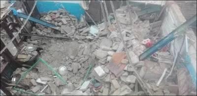 لاہور، مکان کی چھت گر گئی، ماں اور 2 بچے جاں بحق