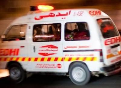 کراچی اور چیچہ وطنی میں سڑک کے حادثات میں9 افرادجاں بحق