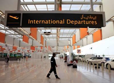 اسلام آباد ایئرپورٹ پر 4 سالہ بچی تیسری منزل سے گر کر جاں بحق