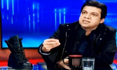 ن لیگ نے چوم کر بوٹ کو عزت دی،کوئی شرم ، حیا ہے: فیصل واوڈا