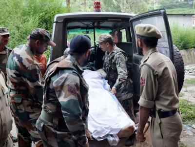 مقبوضہ کشمیرمیں تعینات بھارتی پیرا ملٹری اہلکار کی ساتھیوں پر فائرنگ کے بعد خود کشی، فائرنگ سے1 اہلکار ہلاک دوسرا شدید زخمی