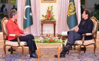 ایران کے ساتھ فوجی تنازعہ تباہ کن ہو گا، یہ خطہ ایک اور تنازعے کا متحمل نہیں ہو سکتا.عمران خان