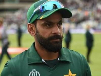 پاکستان کے لیے ٹی ٹوینٹی ورلڈکپ کھیلنا چاہتا ہوں. محمد حفیظ