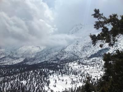 ملک کے بالائی علاقوں میں بارش اور پہاڑوں پر برف باری کا امکان ہے، محکمہ موسمیات