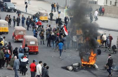 عراقی نوجوان حکومت پر برہم،مظاہروں میں شدت، ٹائر نذر آتش ، سڑکیں بلاک
