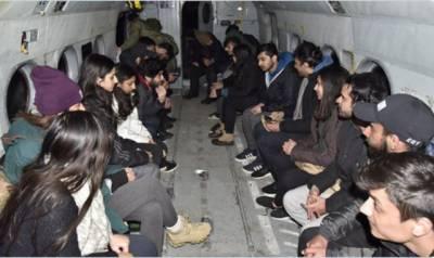 پاک فوج نے برفباری میں پھنسے 22 طلباء کو ریسکیو کرلیا۔آئی ایس پی آر