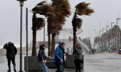 سپین:سمندری طوفان گلوریا سے تباہی،3 افراد ہلاک،200 پروازیں منسوخ
