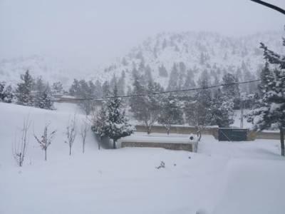 بلوچستان میں شدید برف باری سے عوام کو مشکلات