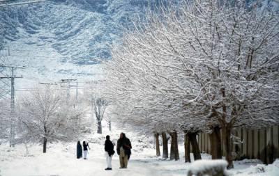 برفباری سے متاثرہ بالائی علاقوں میں سردی کی شدید لہر برقرار