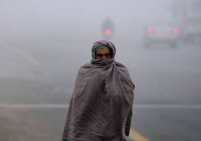 ملک بھر میں شدید سردی کی لہر برقرار,بالائی علاقوں میں نظام زندگی متاثر