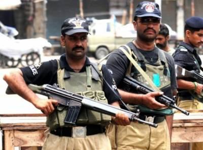 کراچی پولیس نے کلفٹن کے ایدھی شیلٹر ہوم سے 7 لڑکیوں کو تحویل میں لے لیا