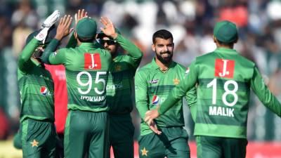 پاکستان نے پہلے ٹی 20 میں بنگلہ دیش کو 5 وکٹوں سے شکست دے دی