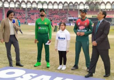 بنگلا دیش کی پاکستان کیخلاف بیٹنگ جاری