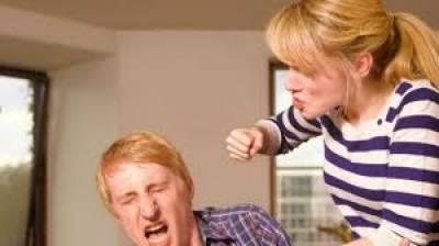 برطانیہ،یومیہ 2ہزار خواتین اپنے شوہروں پر تشدد کرتی ہیں، رپورٹ
