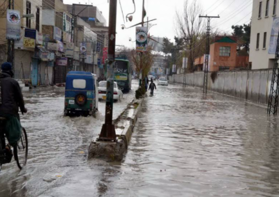 کوئٹہ،بارشوں نے سڑکوں کابرا حال کردیا،شہری پریشان،گزرنا محال