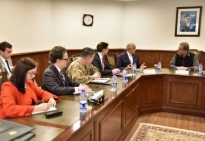 وزیر خارجہ شاہ محمود قریشی سے افغانستان کیلئے امریکہ کے نمائندہ خصوصی زلمے خلیل زاد کی ملاقات