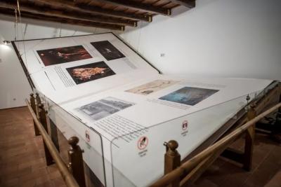 1420کلووزنی ،346صفحات والی دنیا کی سب سے بڑی کتاب