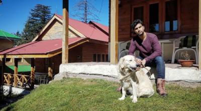احد رضا میر کی کتوں کے ساتھ والہانہ محبت