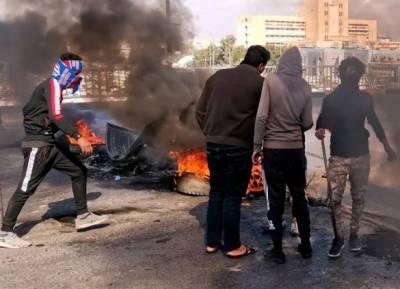 مقتدیٰ الصدر کے میدان میں آتے ہی عراق میں 5 مظاہرین ہلاک کردیے گئے