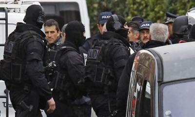 جرمنی ،مسلمانوں پر حملے کی منصوبہ بندی کے والے افسر سمیت بارہ افراد گرفتار