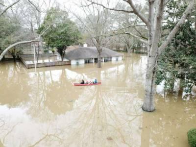 امریکی ریاست میسپی میں سیلاب کے باعث بڑے پیمانے پر تباہی ، درجنوں گھر تباہ ، 4 افراد زخمی