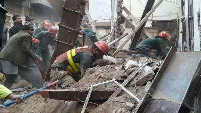 چارسدہ: مدرسے کی چھت گرنے سے 4 بچے جاں بحق اور 10 زخمی