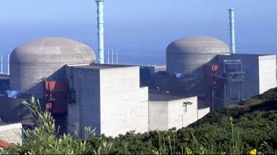عرب دنیا کے پہلے جوہری پلانٹ کے ری ایکٹر میں فیول راڈز کی لوڈنگ شروع