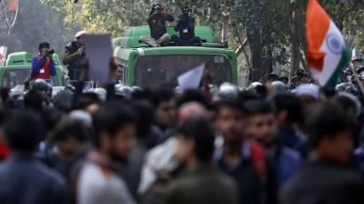 بھارت:شہریت کے نئے متنازعہ قانون کیخلاف احتجاجی مظاہرے،5افراد ہلاک