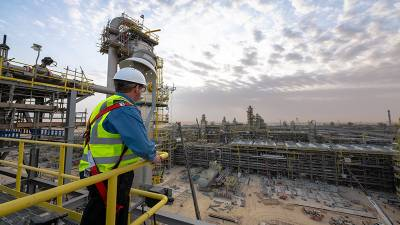 تیل کی طلب پر