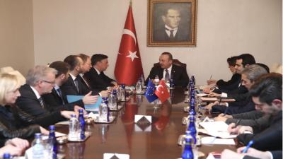 یورپی پارلیمانی کمیشن کے سربراہ کی ترک وزیر خارجہ سے ملاقات