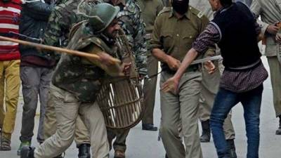 بھارتی فوجیوں نے وادی کے مختلف علاقوں سے متعدد کشمیری نوجوانوں کو گرفتار کرلیا