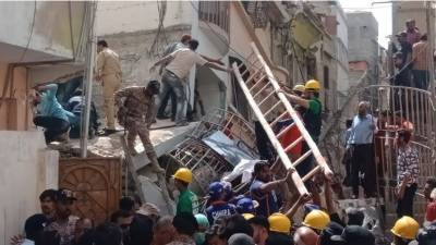گرنے والی عمارت غیر قانونی طور پر تعمیر کی گئی ، سندھ بلڈنگ اتھارٹی