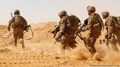 عراق : راکٹ حملے میں دو امریکی اور ایک برطانوی فوجی ہلاک، 12 زخمی