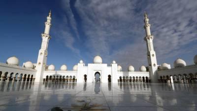 متحدہ عرب امارات: مساجد سمیت تمام عبادت گاہوں میں چار ہفتے کے لیے نمازوں پر پابندی
