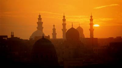 کرونا وائرس:مصر میں تمام مساجد اور گرجا گھروں کے دروازےعبادت گزاروں کے لیے بند