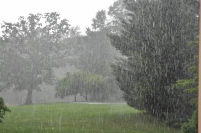 کراچی: بیشتر علاقوں میں ہلکی و تیز بارش، موسم خوشگوار