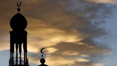 کورونا وائرس: پاکستان کے مختلف شہروں میں عشا کے بعد اذانیں