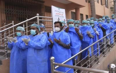 کورونا مریضوں کا علاج کرنے والے ڈاکٹرز، نرسز کی ڈیوٹی 6 گھنٹے