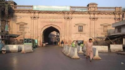 پنجاب: لاک ڈاؤن، حکومتی حکمت عملی تبدیل، دکانیں شام 5 بجے بند کرنیکا فیصلہ