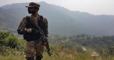 ایل او سی پر بھارتی فوج کی گولہ باری، 4 افراد زخمی