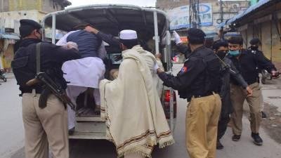 پشاور:لاک ڈاؤن اور دفعہ 144 کی خلاف ورزی، 96 افراد گرفتار