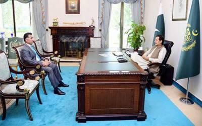 وزیراعظم سے آئی ایس آئی کے سربراہ کی ملاقات، اہم امور پر تبادلہ خیال