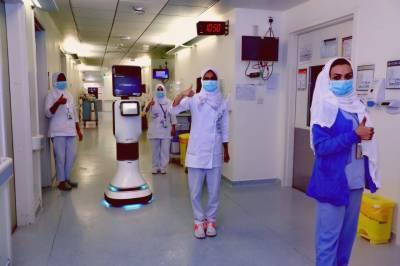سعودی عرب: کرونا وائرس کے مریضوں کی دیکھ بھال کے لیے روبوٹ