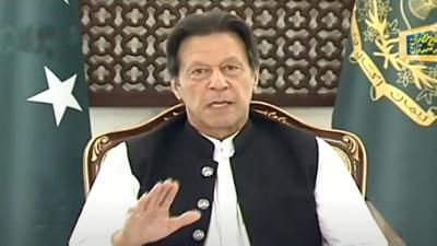پاکستان میں لاک ڈاؤن سے 15 کروڑ افراد متاثر ہوئے ہیں, متاثرہ محنت کشوں کو امدادی رقم کی فراہمی پیر سے شروع ہوگی. وزیراعظم عمران خان