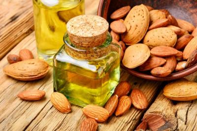 بادام کا تیل صحت اور خوبصورتی دونوں کے لیے نہایت مفید ہے,ماہرین غذائیت