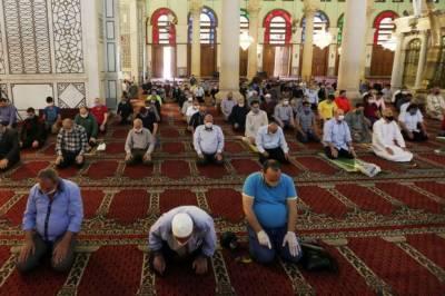 لبنان میں جمعہ کی نماز مساجد میں ادا کرنے کی اجازت
