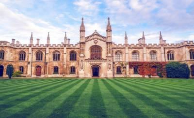 کیمبرج یونیورسٹی نے آئندہ تعلیمی سال تک روبرو لیکچرز کو منسوخ کردیا