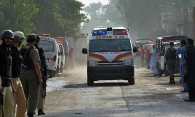 موٹروے ایم 5 پرحادثہ ، ایک ہی خاندان کے4 افراد جاں بحق